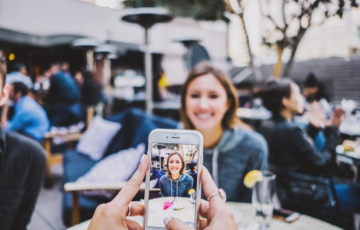 Free_image_of_people__crowd__women_-_StockSnap_io